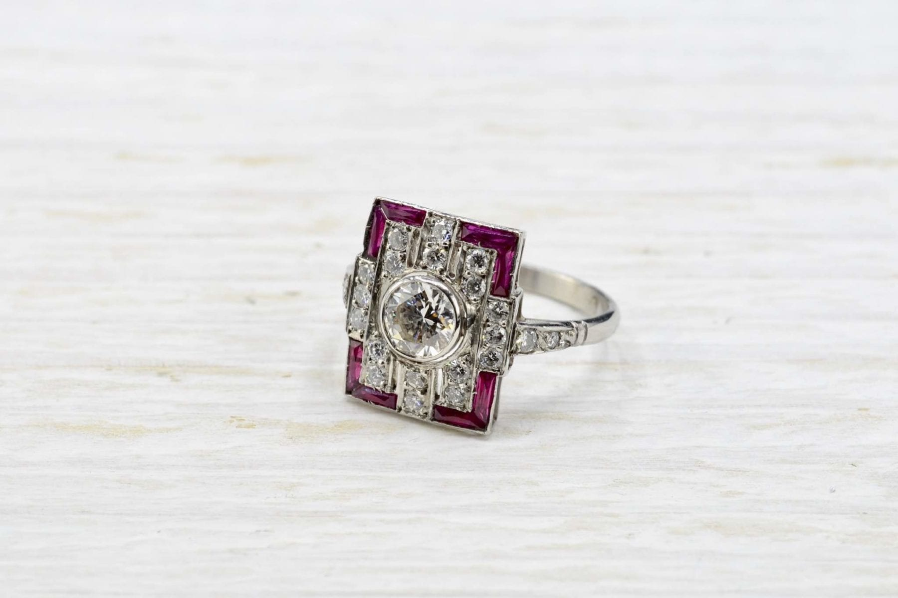 Art Déco rubies and diamonds ring