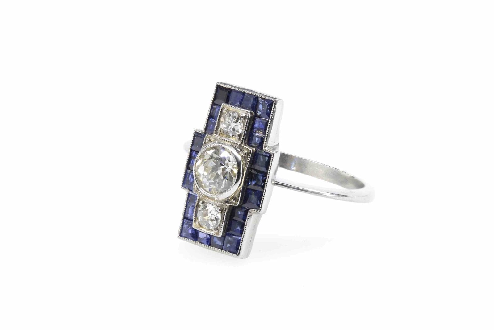 Bague Art Deco saphirs diamants