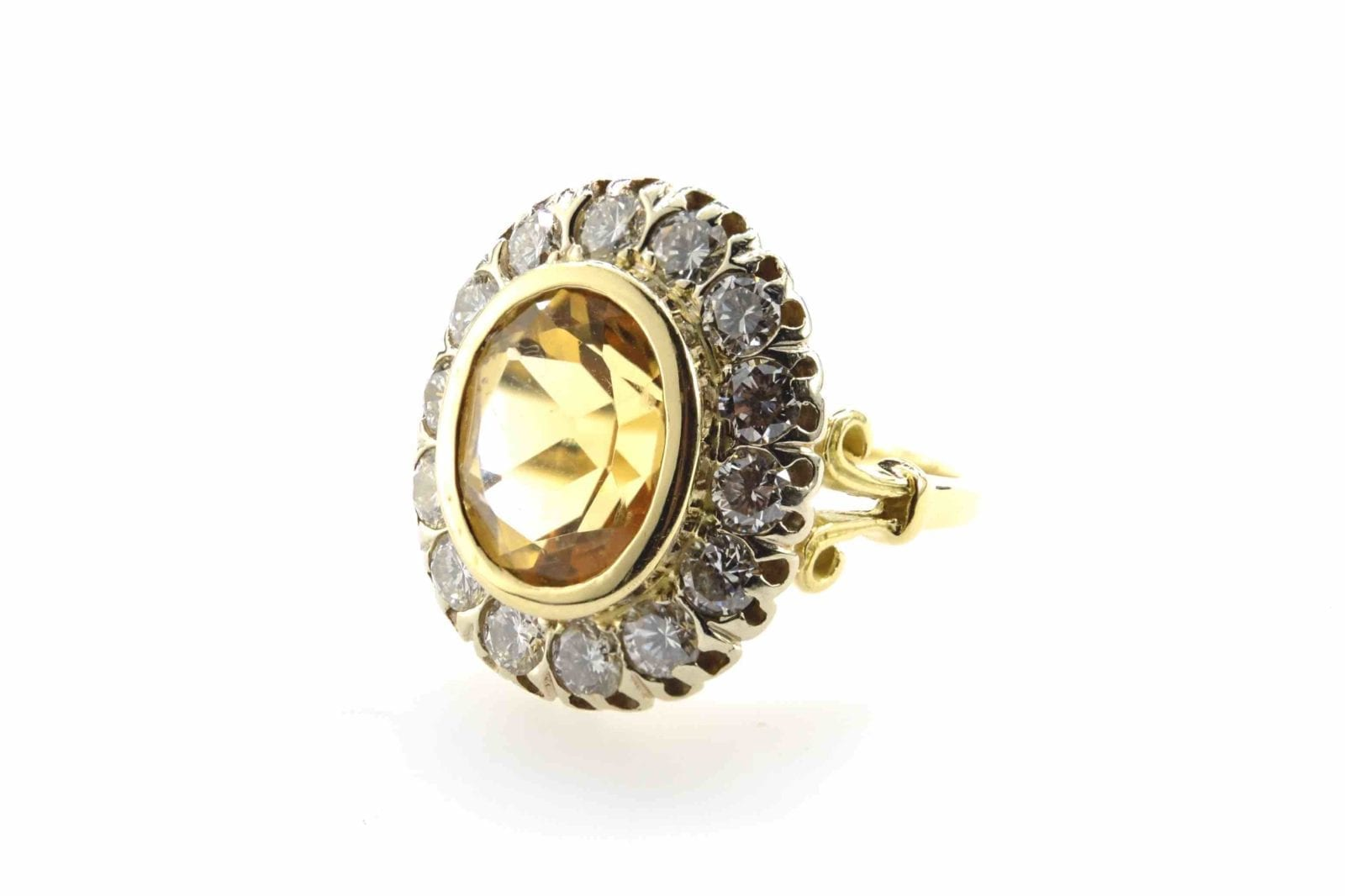 Bague citrine et diamants en or jaune 18k