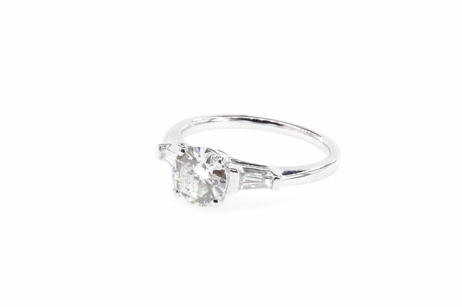 Bague solitaire diamant en or blanc 18k