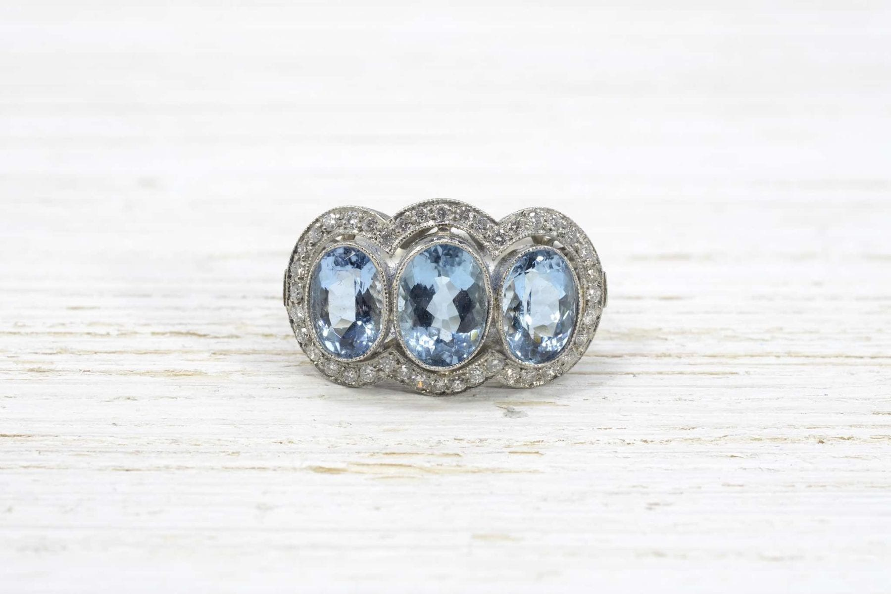 aquamarine diamonds ring