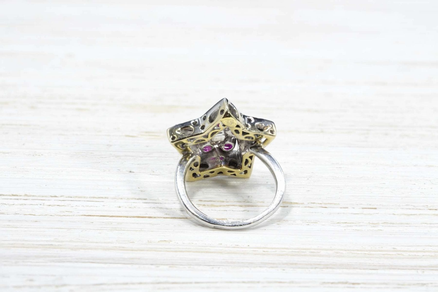 18k gold diamonds and ruby ring