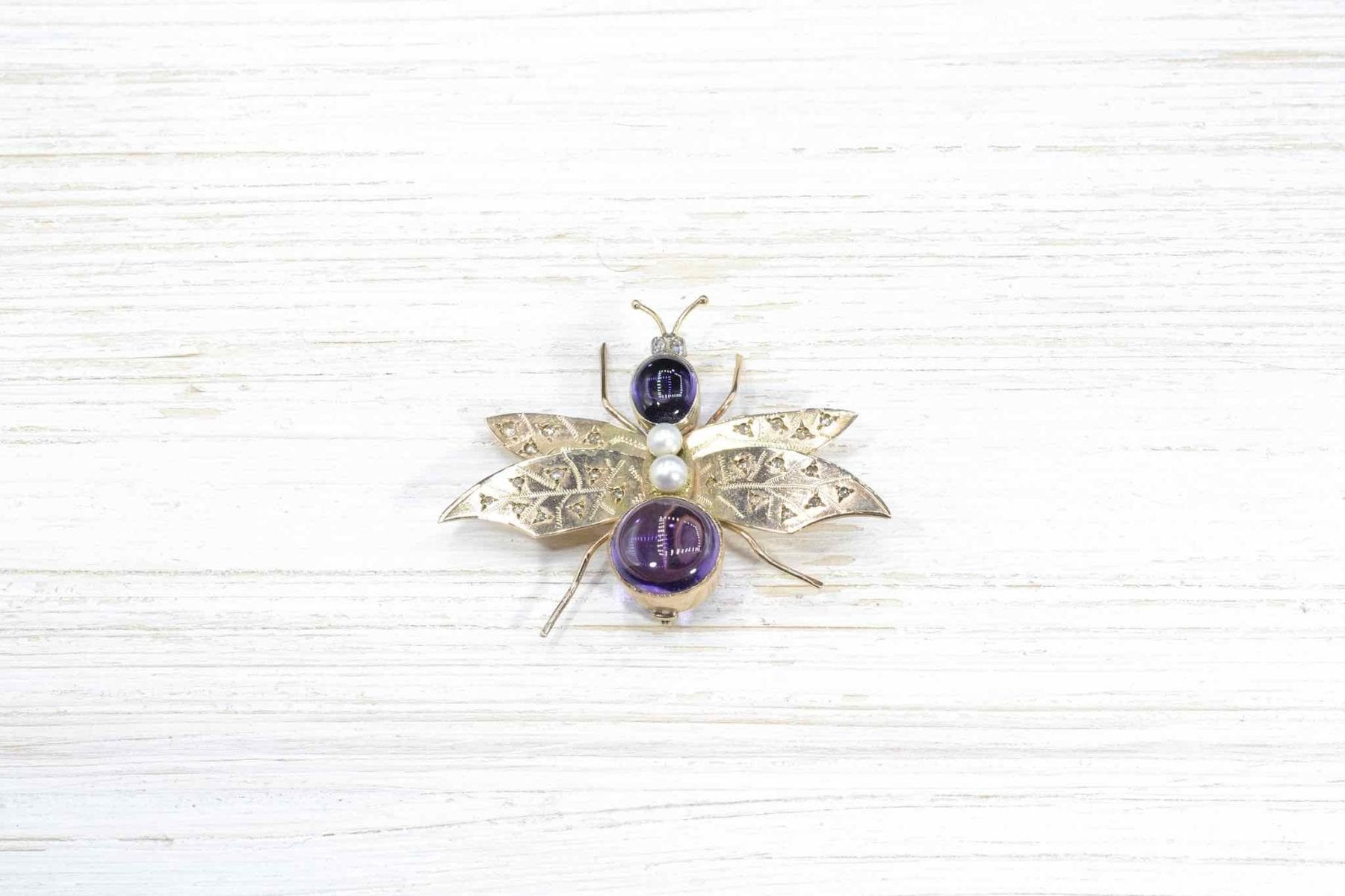 amethyst and pearls brooch