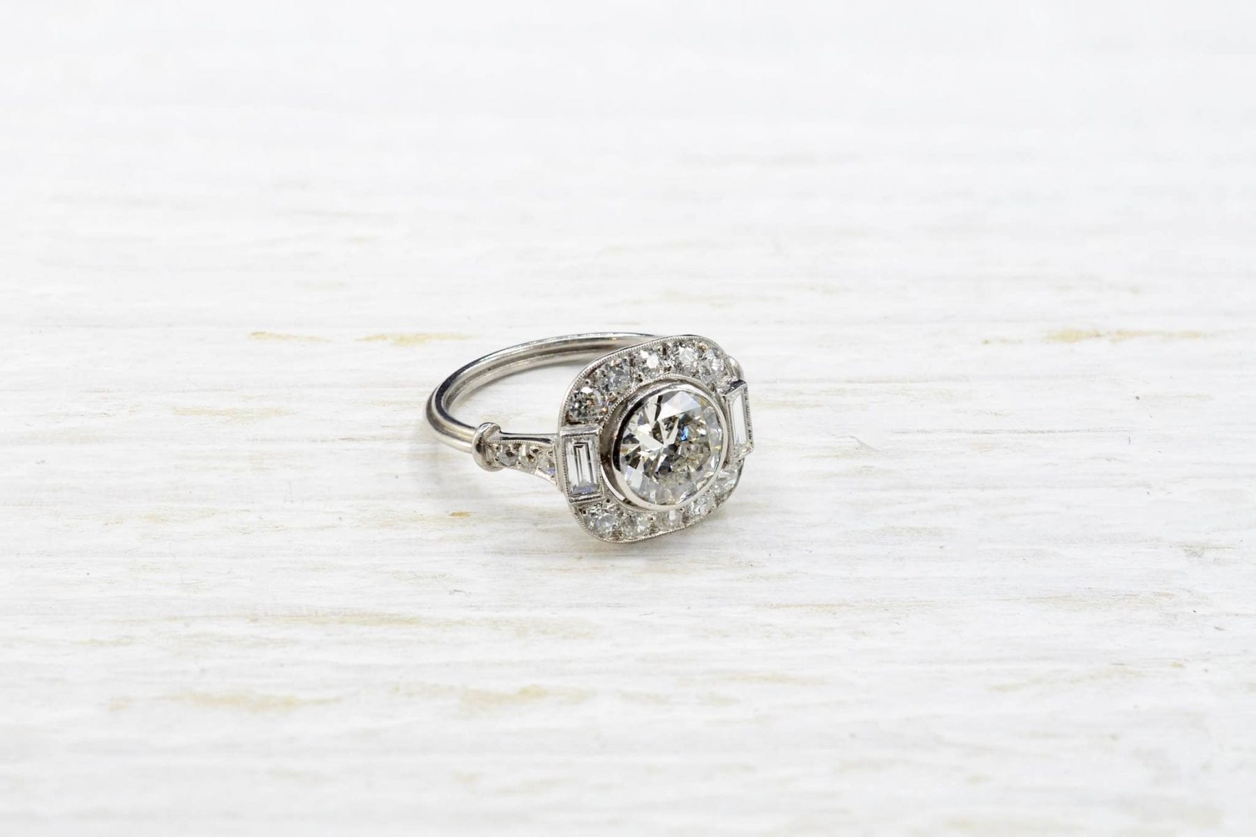 Platinum diamonds ring
