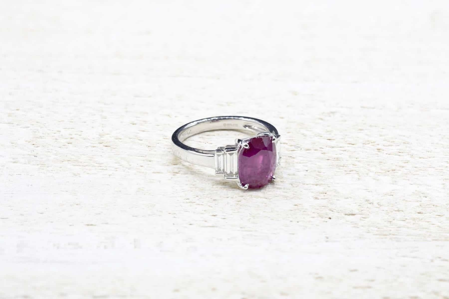 bague vintage rubis diamants