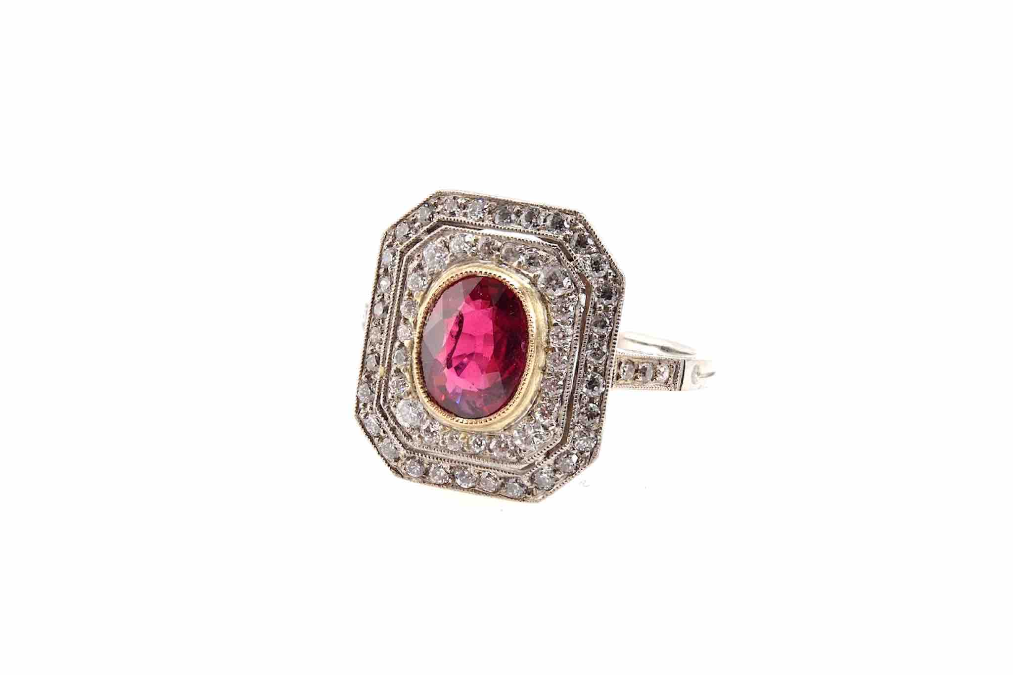 bague rubis central