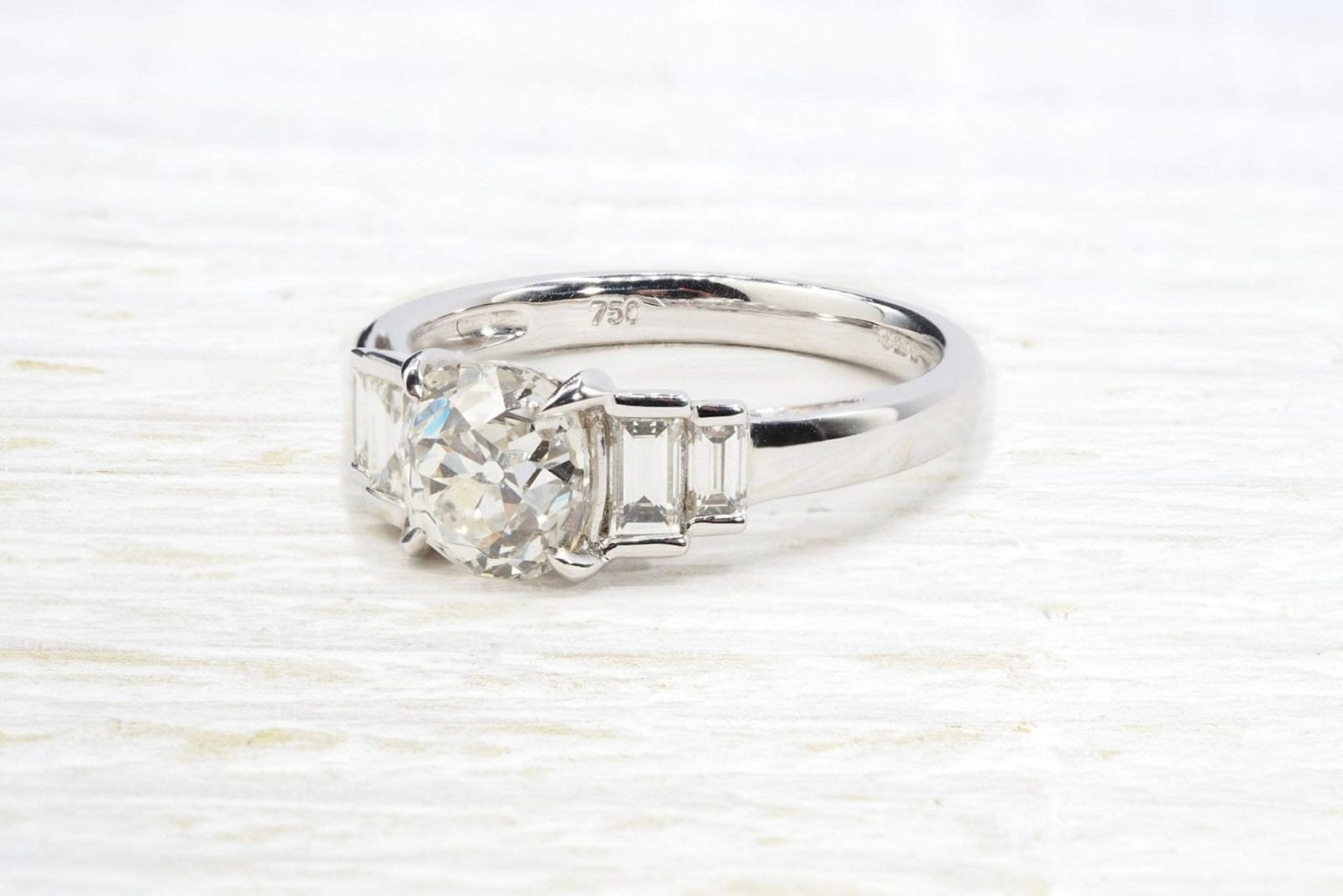 Solitaire diamant taille ancienne