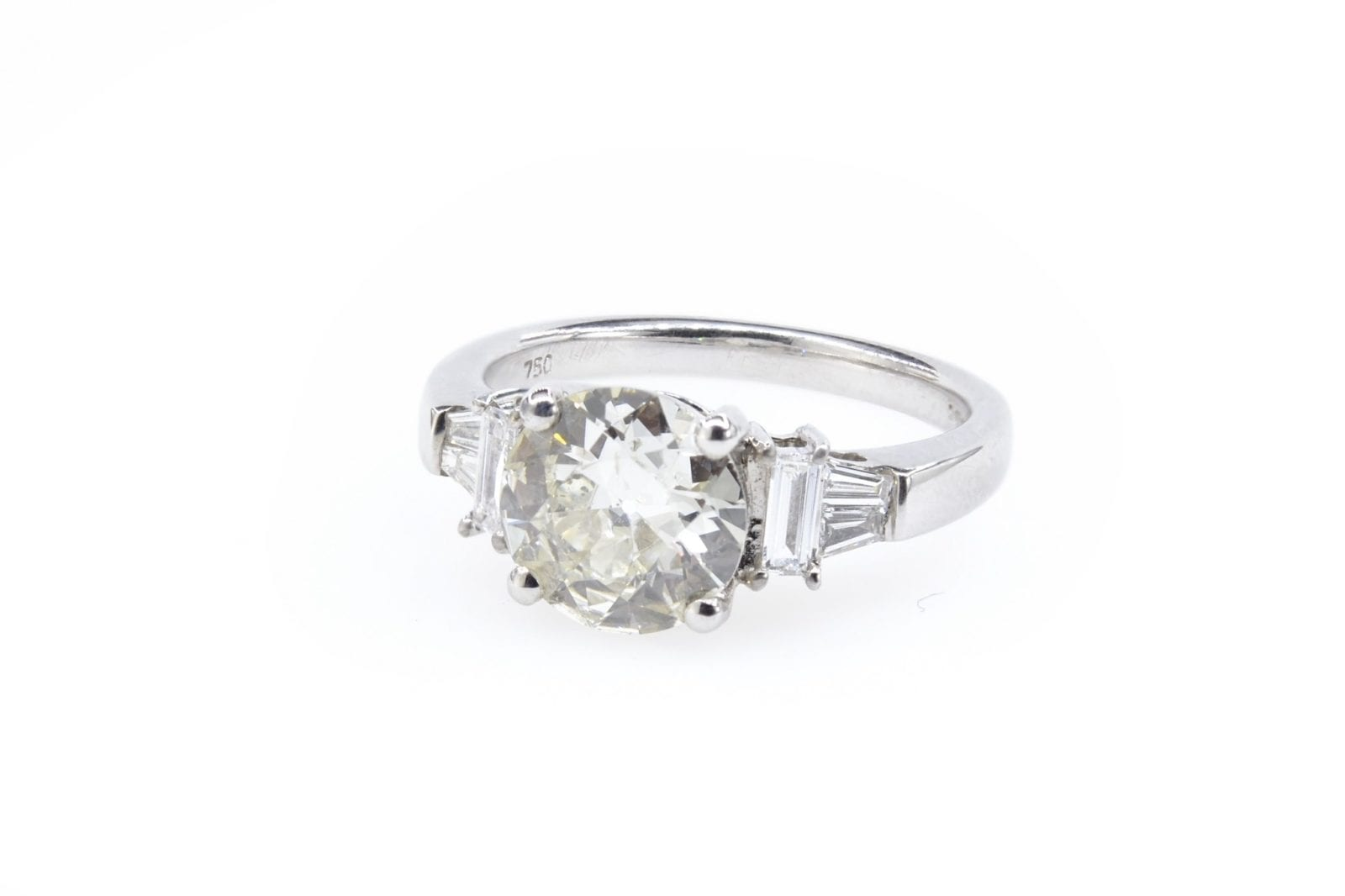 Bague solitaire diamants or blanc