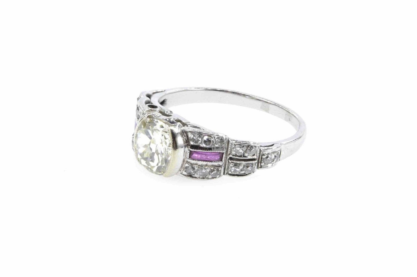 Bague diamants rubis